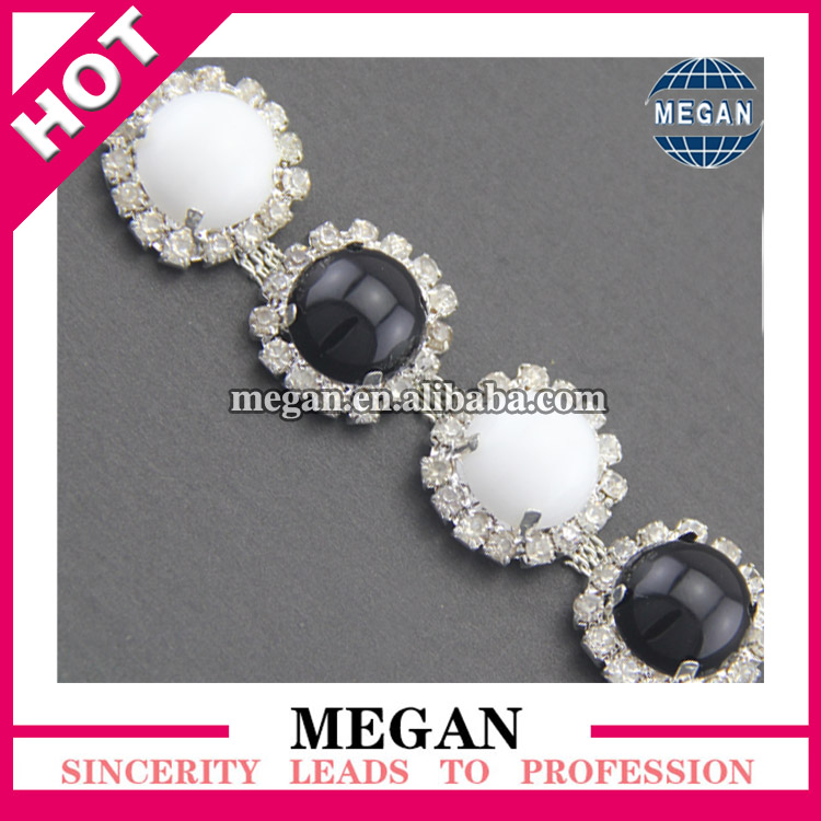 Good quality pearl rhinestone cup chain plastic garment accessories trims