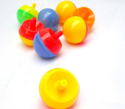 Wholesale cheap plastic upside down reverse rotate spinning tops for kids party favor funny magical flip classic pet top toy