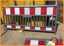 European Standard Road Safety 2000mm Plastic Traffic Barrier / Plastic Safety Barricade