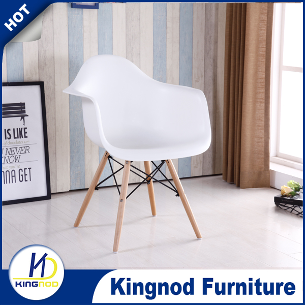 Factory Price Color PP Dining Room rerestaurant furniture Relaxing Plastic Chair With Arm/Wooden Leg