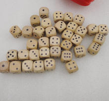 12mm wood casino dice with black dots