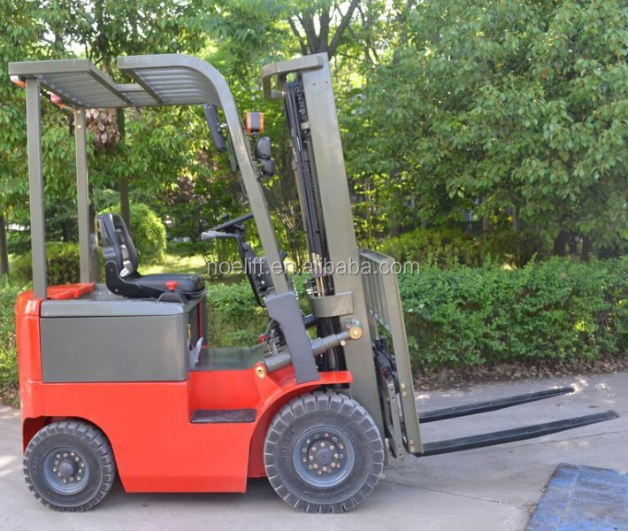 1500kg 4 wheel electric forklift with ground clearance