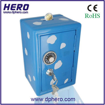 Large piggy banks for adults large plastic piggy bank for Large piggy bank with lock