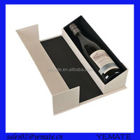 Magnet closure foldable white cardboard pacing box for clear wine glass