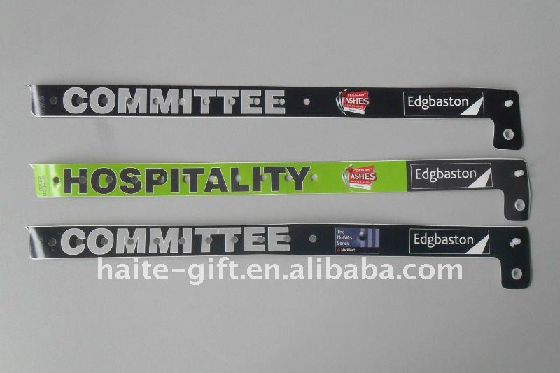 tyvek wristbands with customed designs
