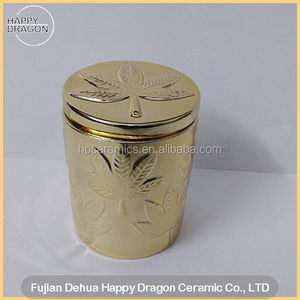 Gold Coating Leaves Embossed Ceramic candle jars with lids