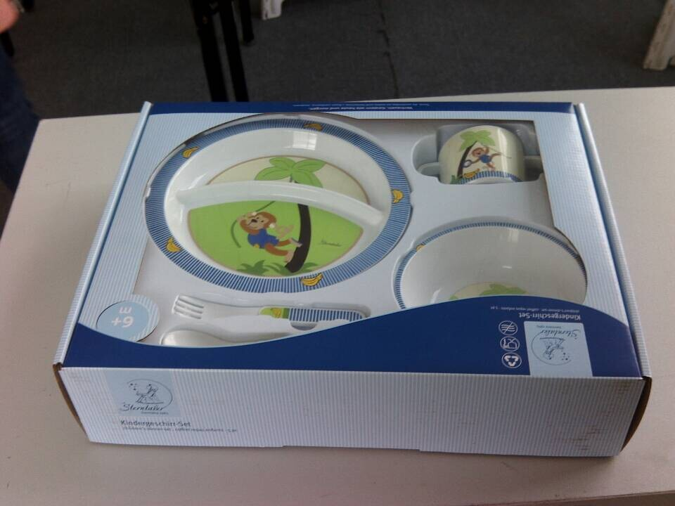 Eco-friendly Plastic Dinnerware Set for Baby and Kids