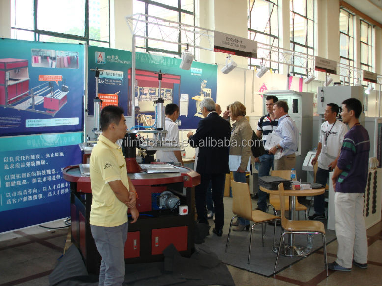 D1-A Fabric Bra Cup Molding Machine