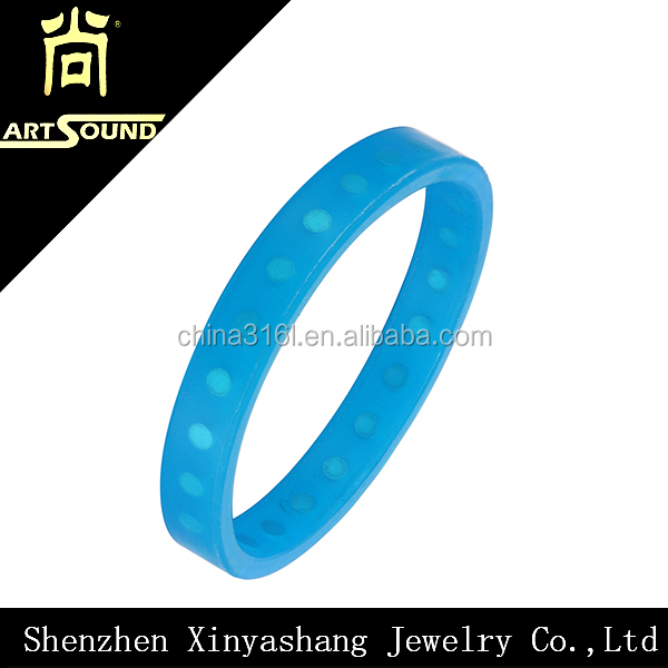 Wholesale promotional colorful bracelet silicone