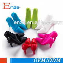 Promotional gift mini high-heeled shoes plastic mobile phone holder