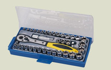 "China factory OEM service professional 39PCS 1/4""&3/8""DR. socket set auto tools set with hang up"