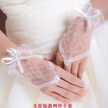 Bridal Wedding Evening Party Lace Short Wrist Gloves