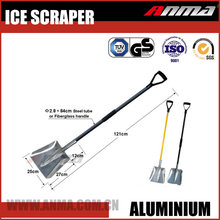 Wholesale stainless steel tube or fiberglass long handle household snow shovel