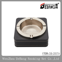 zinc alloy cover leather table ashtray with lighters smoking accessories