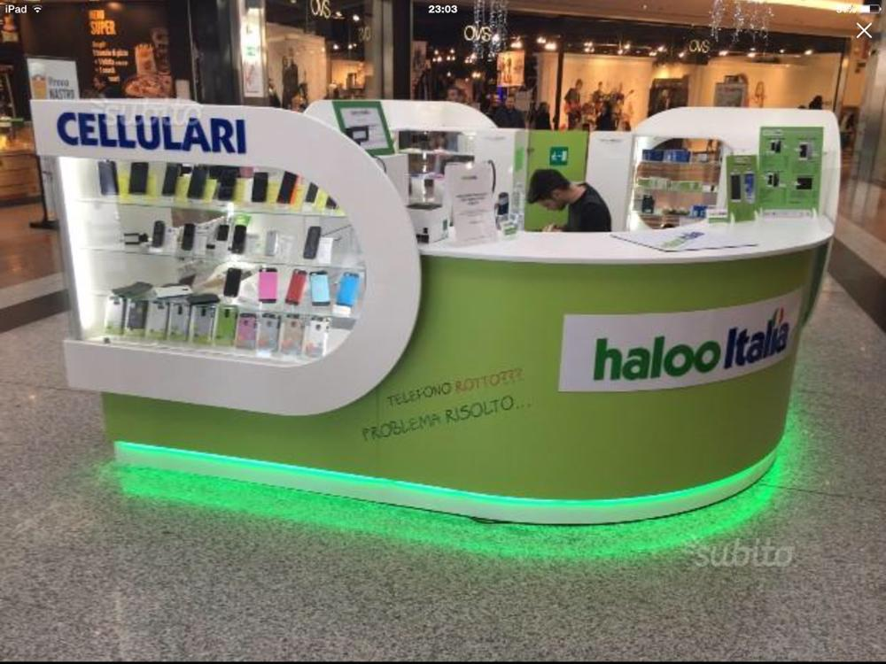 MDF baking finish mall cell phone repair kiosk
