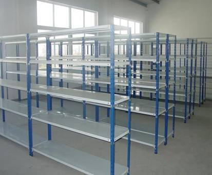 Boltless/rivet warehouse shelving