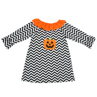 Wholesale 2016 smocked black chevron long sleeve Halloween pattern dress with pumpkin applique autumn girls dress