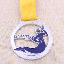 Color filled soft enamel medal keys with factory price