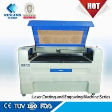Plastic decoration marry christmas laser cutting machine