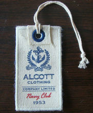 China manufacture fashionable low price custom jewellery hang tag and clothing label