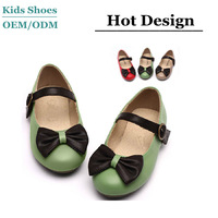 Low price custom hot design girls leather dress shoes flat shoes for young chirldren