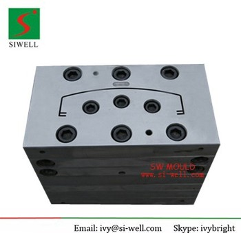 Extrusion mould for antenna cover