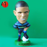 pop custom pvc plastic soccer player sports mini figures for promotion