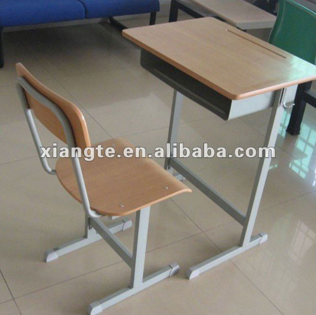 Manufacturer sale!!!Durable metal leg wood top school desk