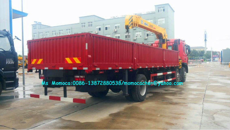 JAC 8x4 truck mounted crane 12T hydraulic arm crane 12 wheelers of crane truck