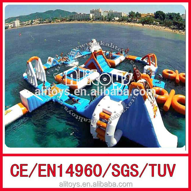 2015 newest design giant blue and orange color inflatable floating water park for sea