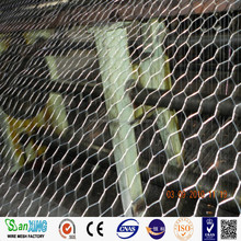 High quality small hole EG/ HDG chicken wire mesh cheap small hole chicken wire mesh small hole chicken wire