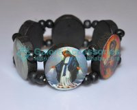 chinese lucky wood bracelet with religious pictures