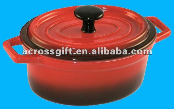 Ceramic red stockpot with cover