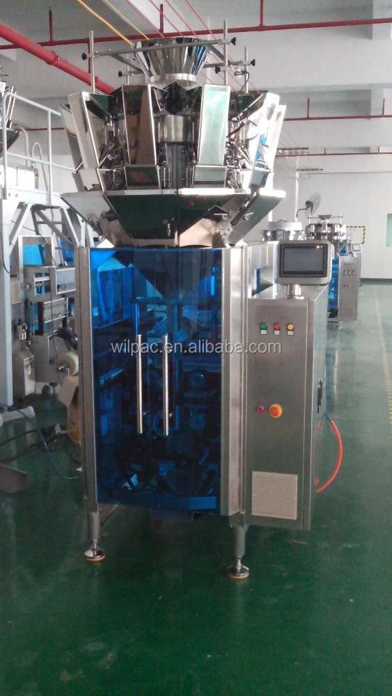 Automatic shrimp strips packing machine/puffed snacks packing machine