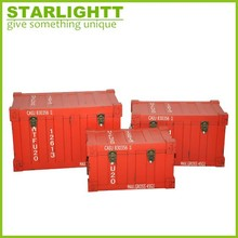 red color set of 3 container shape wooden trunk
