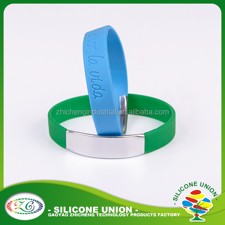 cool beautiful wide silicone wristbands custom logo debossed metal ilicone bracelet