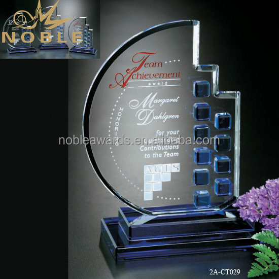 Custom Sandblasting Moon Shaped Crystal Plaque Trophy With Blue Base.