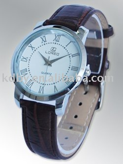 koda Leather strap Men Quartz watch best watches small wrists