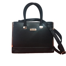 Daphne stock high qualit shoe and leather bag with cheap price