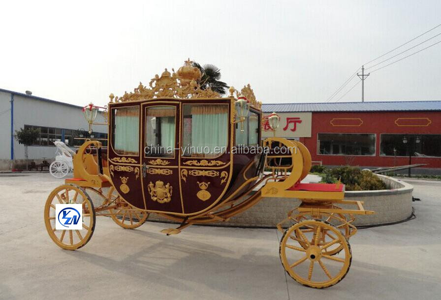 Luxury Royal horse drawn carriage queenie horse buggy