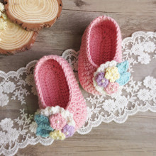 Handwork baby crochet shoes