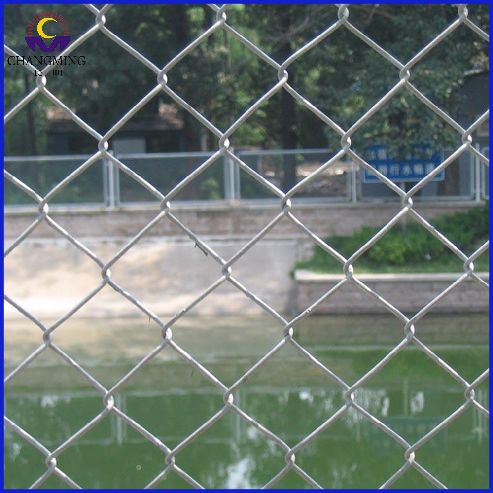 Diamond mesh wire fencing galvanized chain link fence