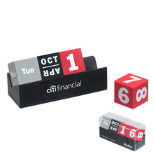 Red/Gray/Black Cubes Calendar