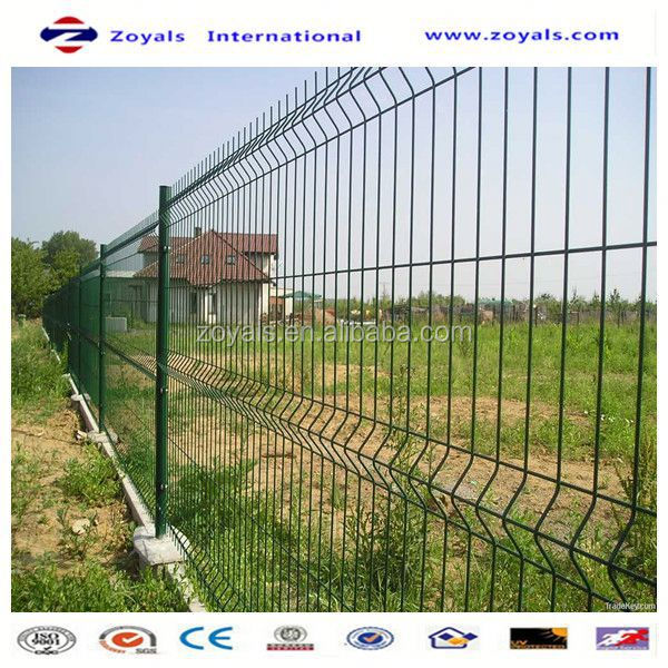 Manufacturer ISO9001 yard guard pvc coated curvy welded wire mesh fence
