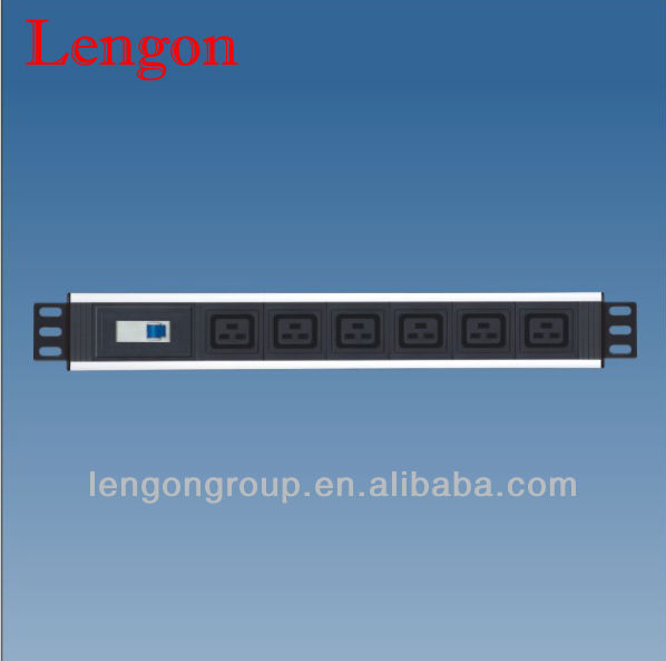 IEC c19 pdu socket and c20 plug pdu with circuit breaker
