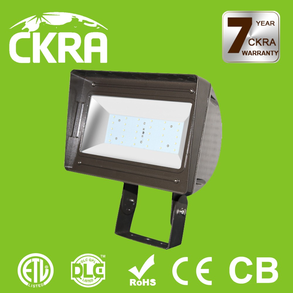 HIgh performance Waterproof high efficiency emergency battery powered rechargeable led flood light high brightness