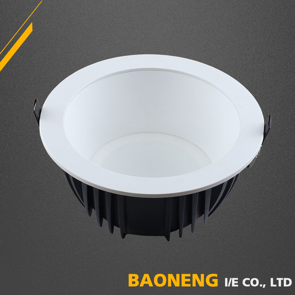 Acrylic Superior Heat Dissipation 220V LED Recessed IP22 Waterproof LED Downlight
