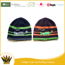 Wholesale fashionable winter cartoon characters acrylic oem handmade knitted crochet cap beanie with woven tags
