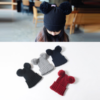 New arrival ustom warm lovely winter baby kids knitted beanie hat with two balls