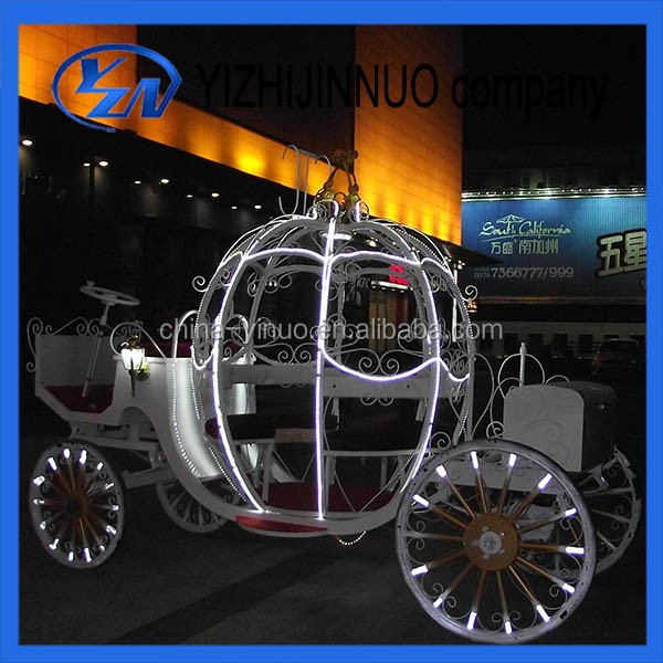 Carruajes fabricante Yizhinuo Customed Electric Cinderella wedding carriage/wagon with LED lights